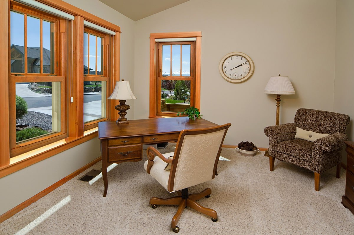 Endure-Double-Hung-Windows-Den-min